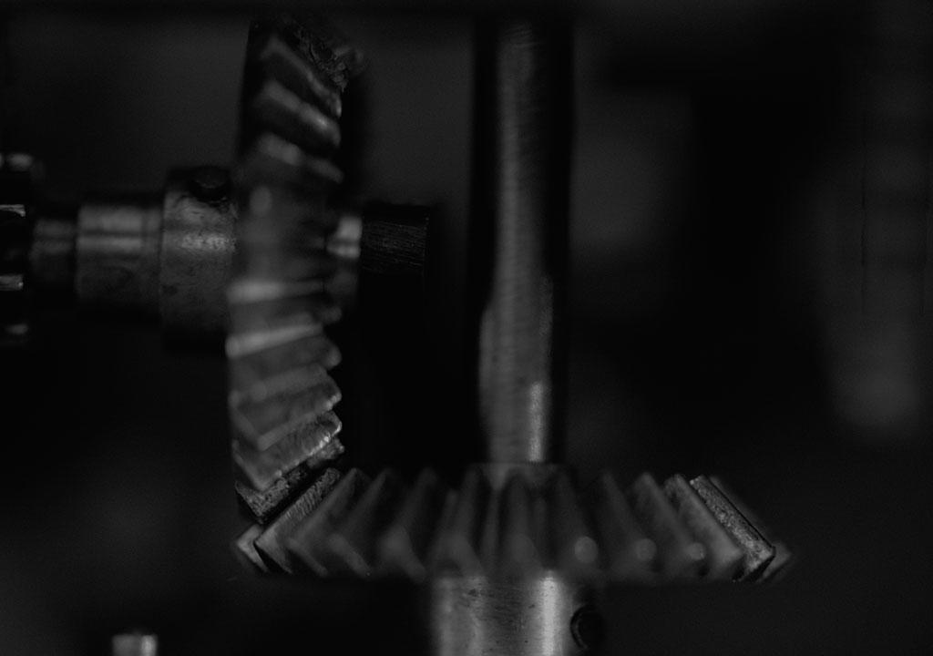 Cracking the problem of flaws in engineering components